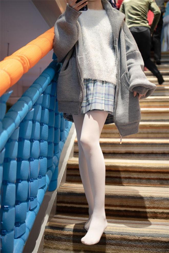 森萝财团-X-047精品写真[/2.86G]