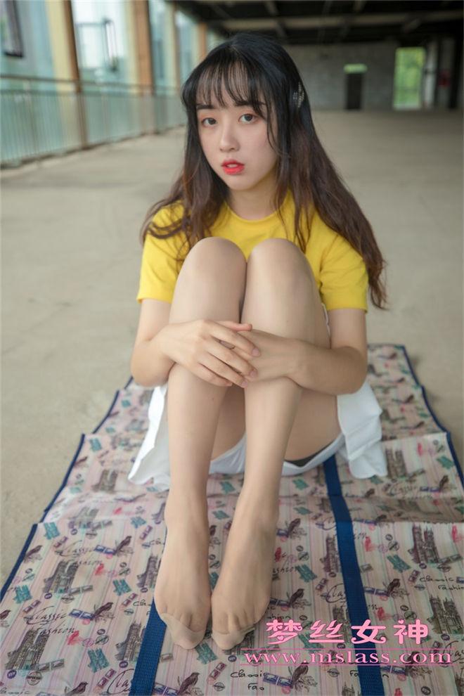 MSLASS梦丝女神-李佳琪甜甜萌妹[/354MB]