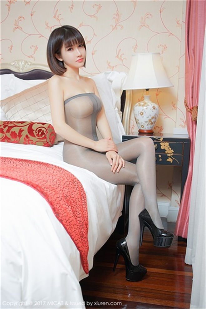 MiCat猫萌榜-Vol.017K8傲娇萌萌Vivian[/281MB]