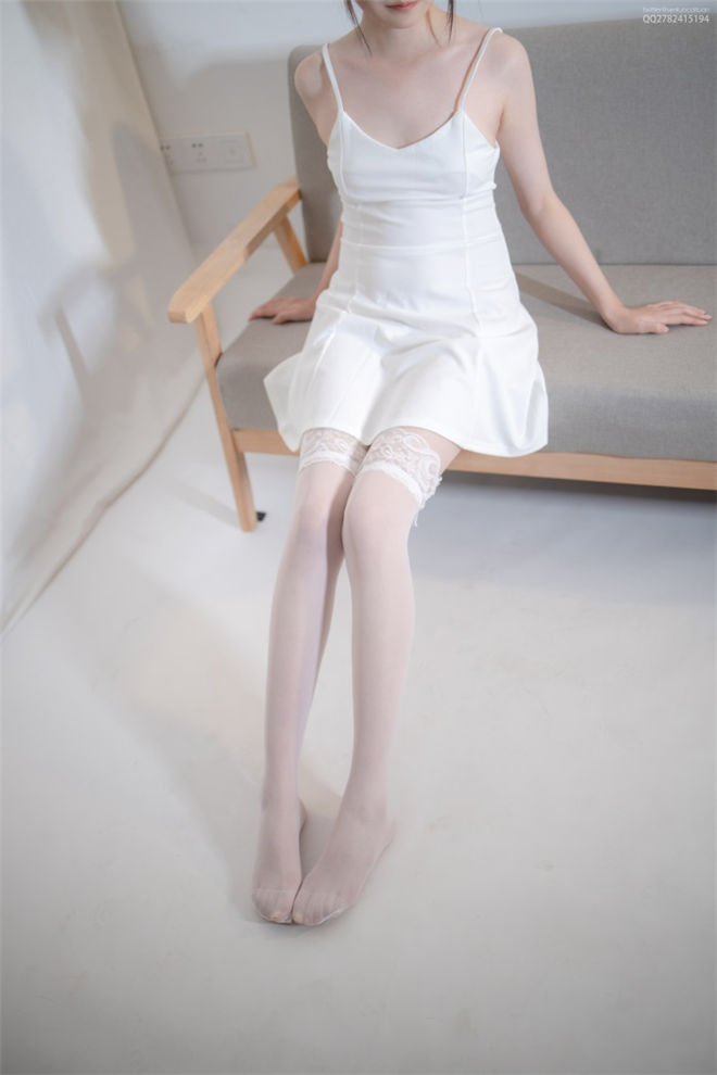 森萝财团-JKFUN-默陌蕾丝边高筒袜[/2.29G]