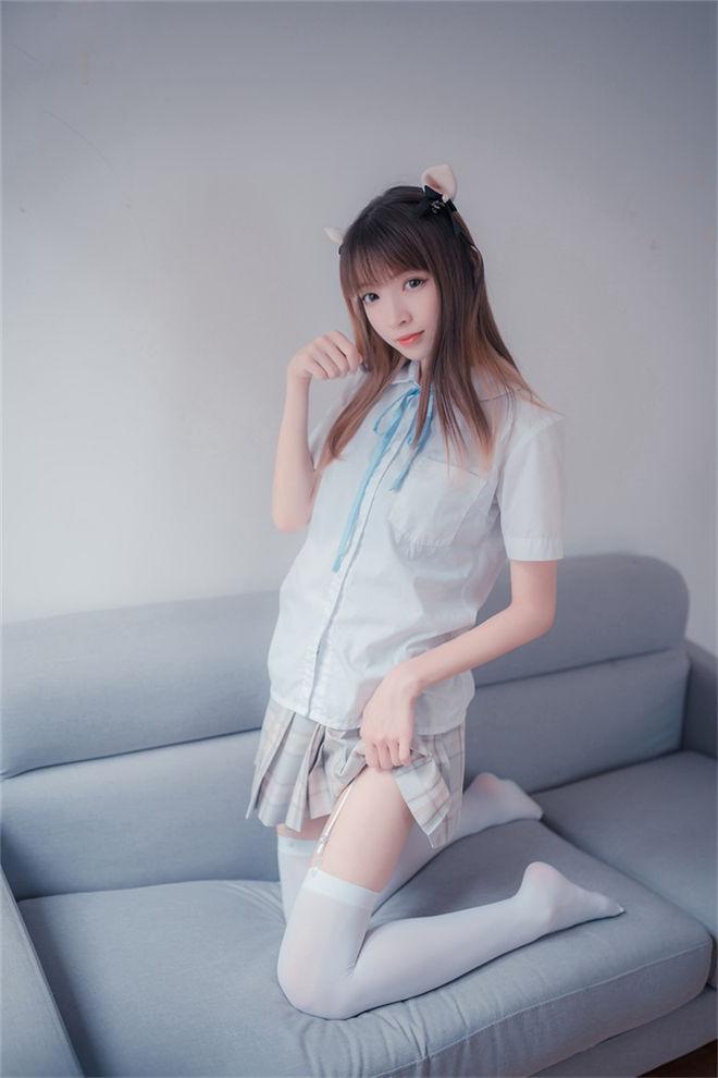 风之领域-No.065格子裙吊带白丝[/232MB]