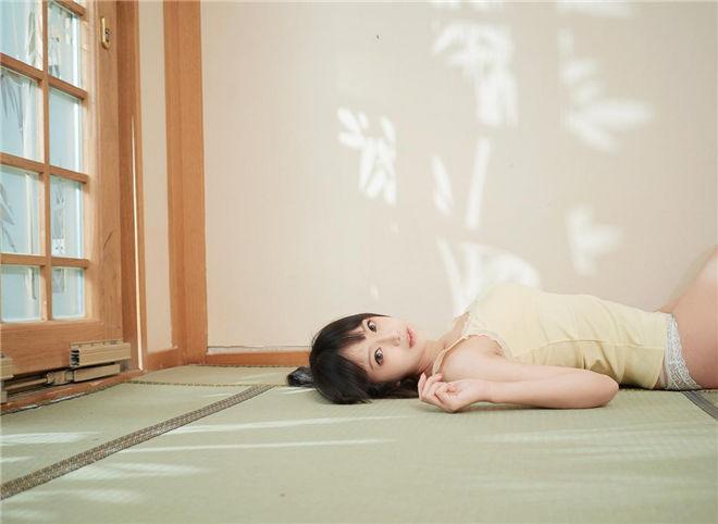 Shika小鹿鹿-启蛰写真[/99MB]