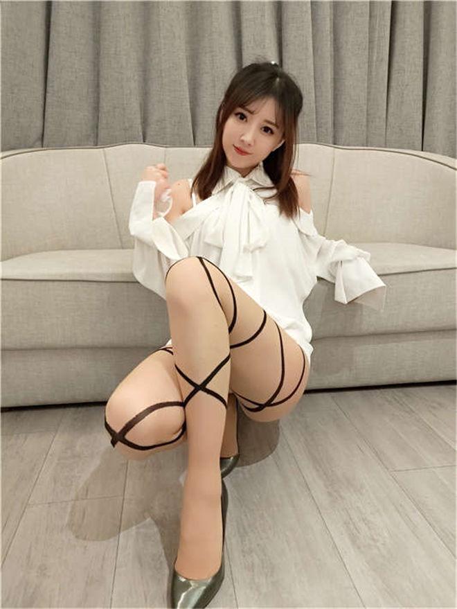 斗鱼小女巫露娜写真作品8套合集[/1.01G]