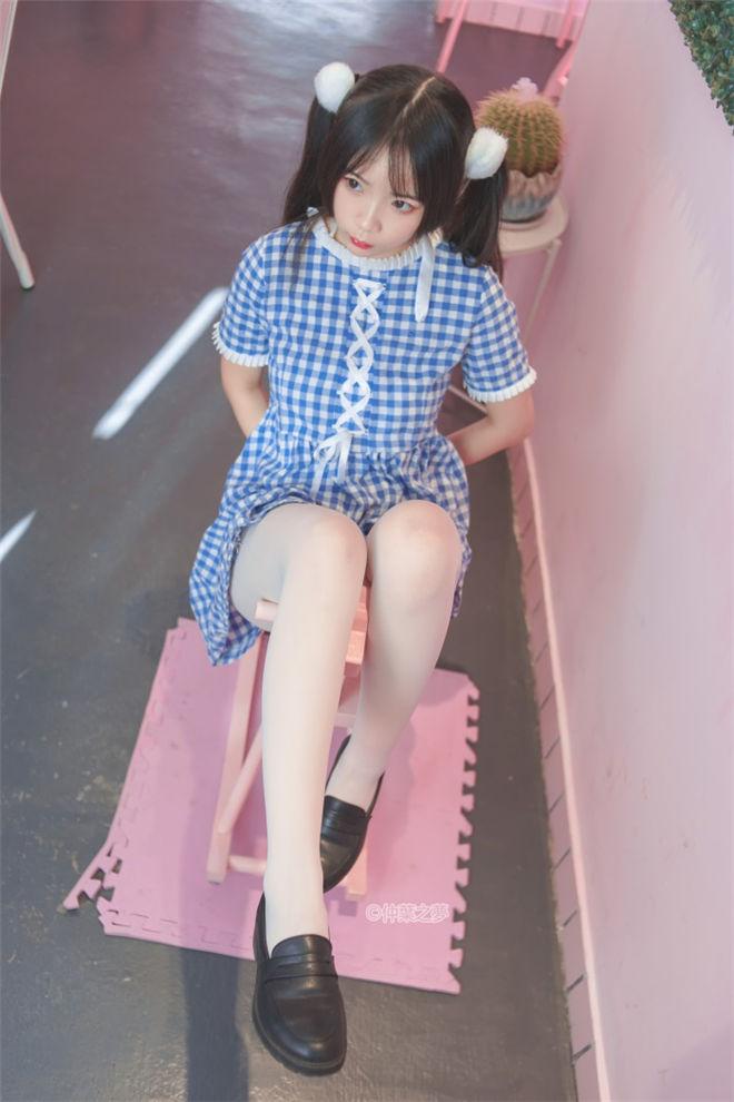 轻兰映画-SPL.010写真系列[/293MB]