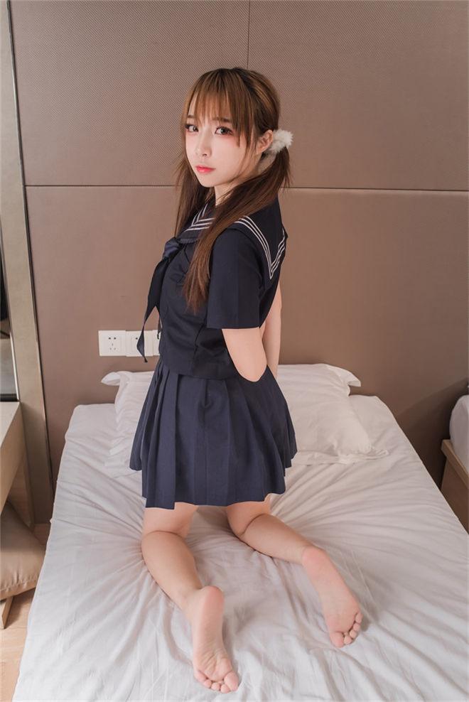 喵糖映画-VOL.042清纯白丝小姐姐[/240MB]