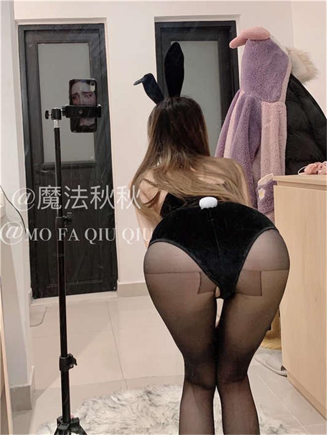 魔法秋秋-兔女[/205MB]