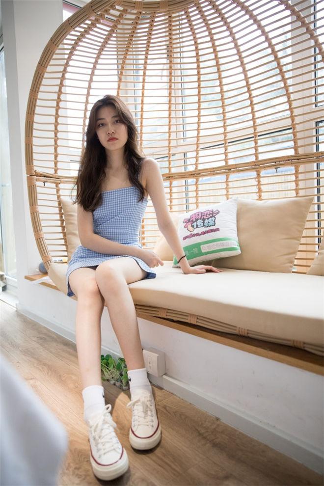 物恋传媒-No.198佳琪帆布鞋与小白棉袜[/3.91G]