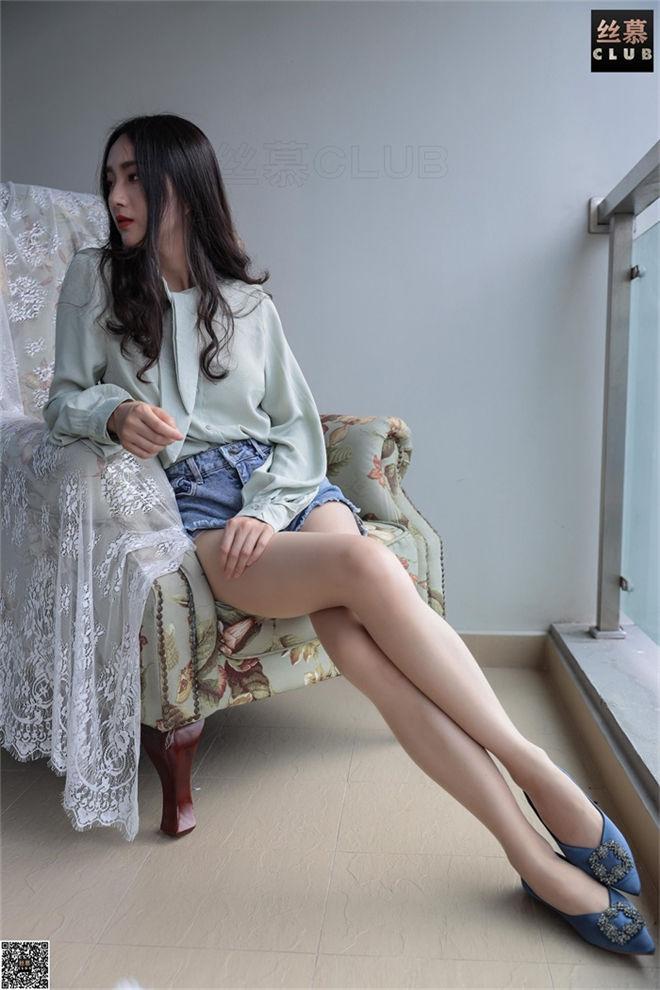 丝慕写真-SM058佳佳的牛仔热裤[/32.4MB]