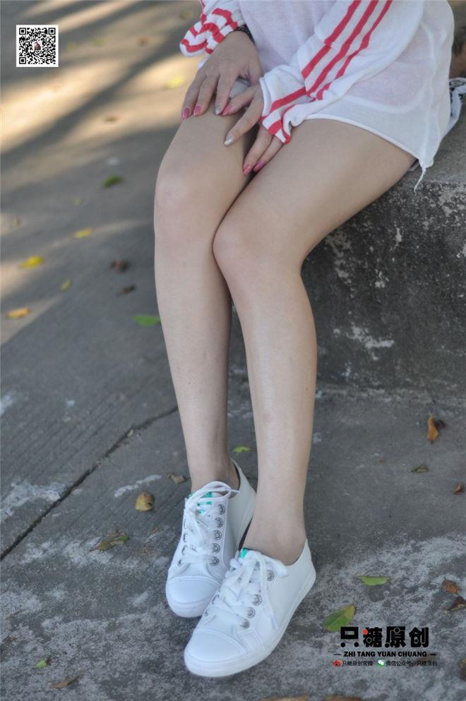 只糖棉袜-NO.005婷婷运动风小白鞋[/579MB]