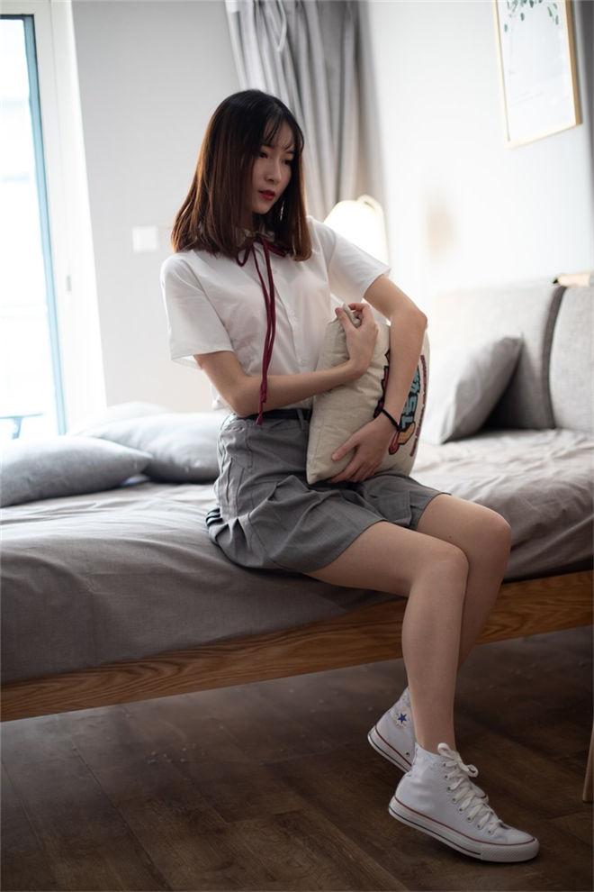 物恋传媒-No.088猫耳jk制服与船袜帆布鞋[/2.40GB]