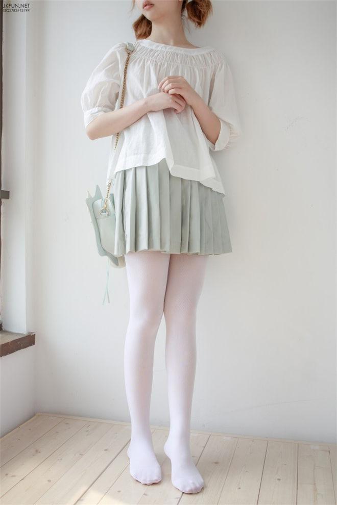 森萝财团-JKFUN-009白丝按摩仪[/3.05GB]