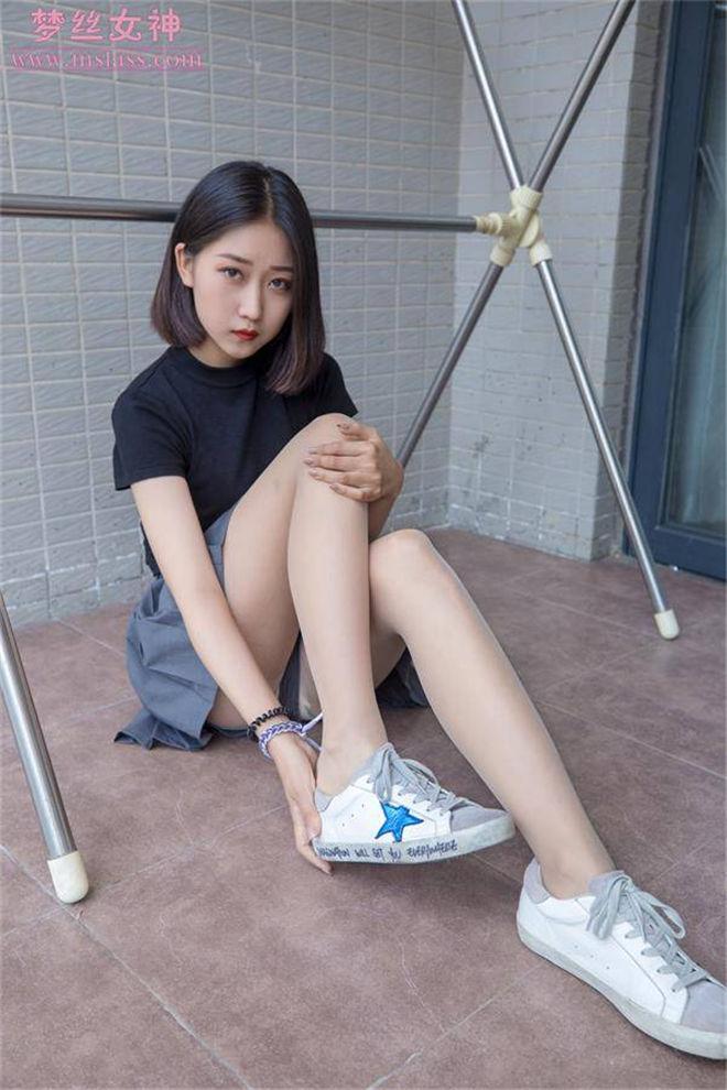 梦丝女神阿依古丽来自新疆的月亮花[/491MB]