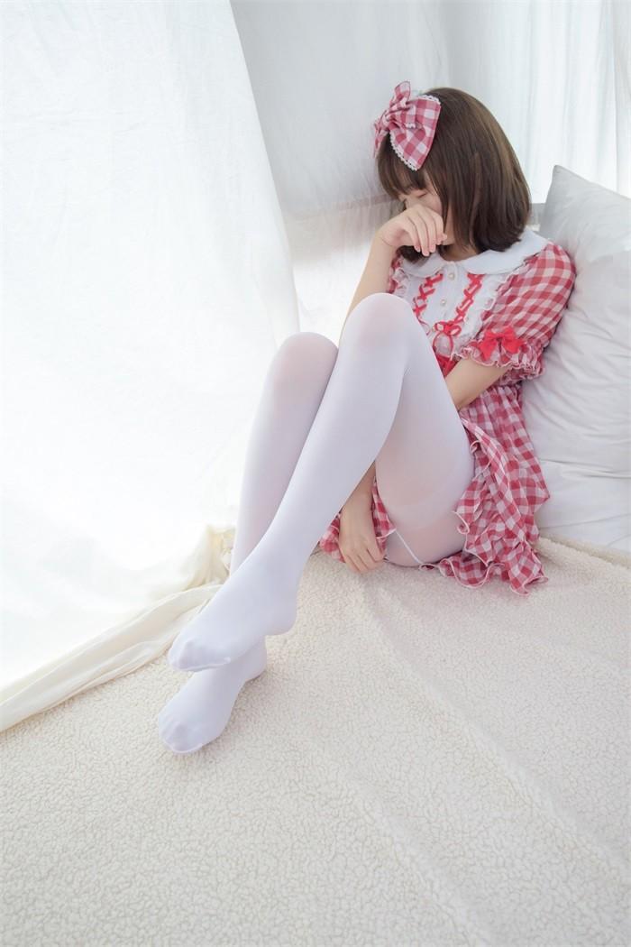 森萝财团-R15系列-011精品写真[/388MB]