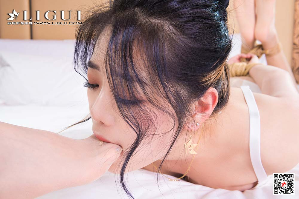 [Ligui丽柜]网络丽人 2021.02.06 Model 甜甜&小智贤[/74.4MB]