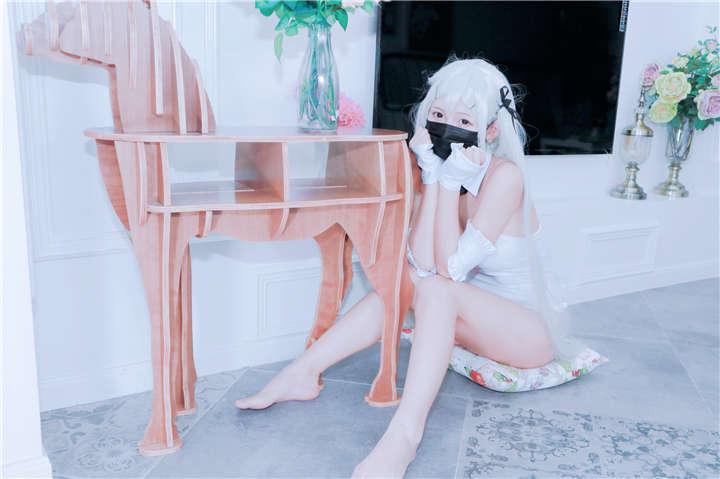 白袜袜格罗丫-最新作品之兔女郎袜之空[/917MB]