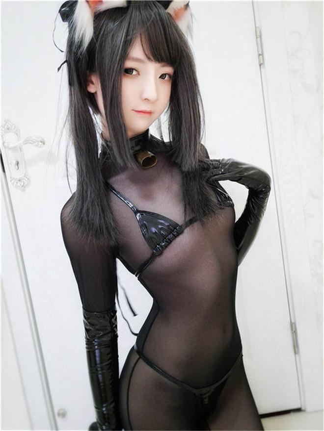一小央泽-黑猫巧克力派 [/367MB]