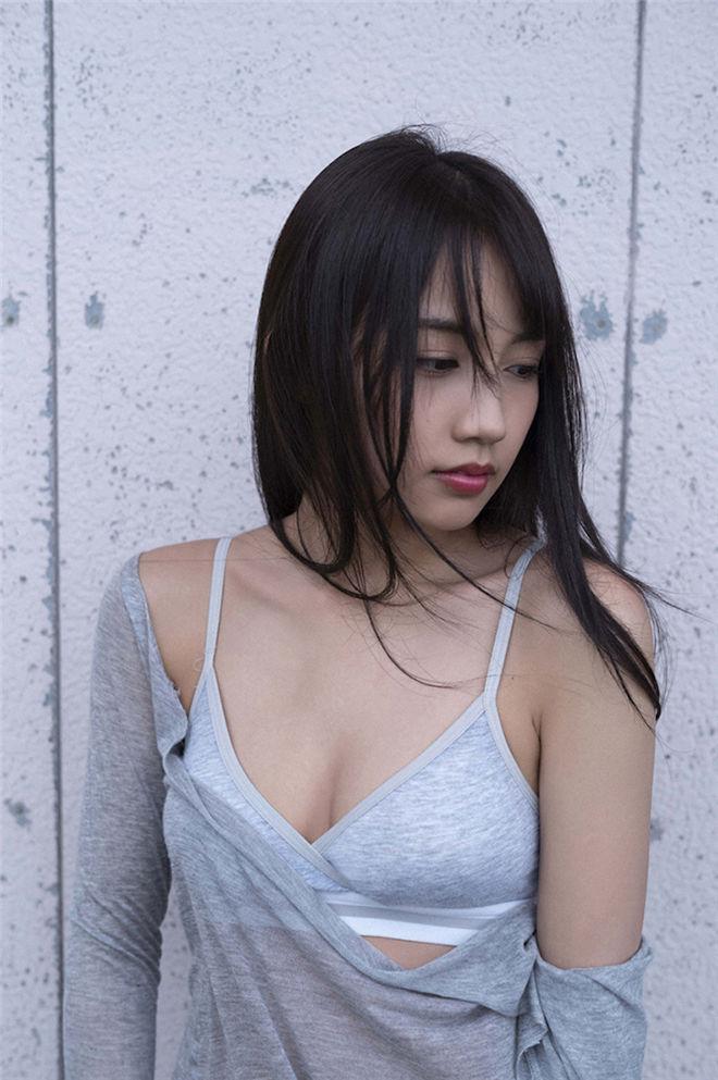 妹子图:19岁混血正妹黒木ひかり毕业后尺度更惹火!