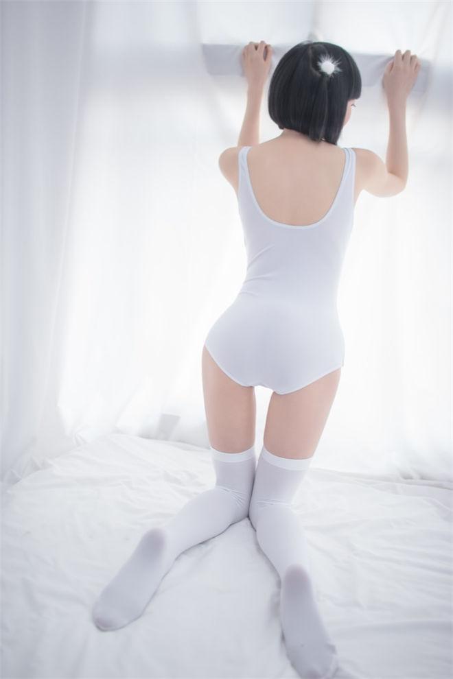 轻兰映画-SPL.001写真系列[/147MB]