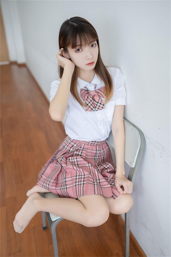 风之领域-No.114格子裙少女[/132MB]