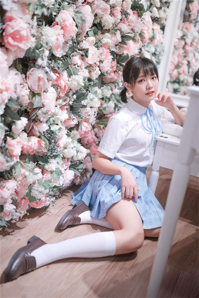 喵糖映画-VOL.011花海写真[/329MB]