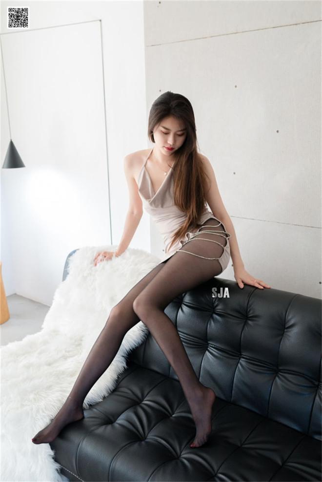 SJA佳爷-Vol.049闺蜜视角暗图集[/62MB]