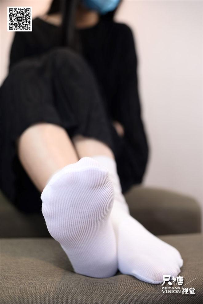 只糖棉袜-NO.028瑾瑾那些和帆布鞋有关的事[/449MB]