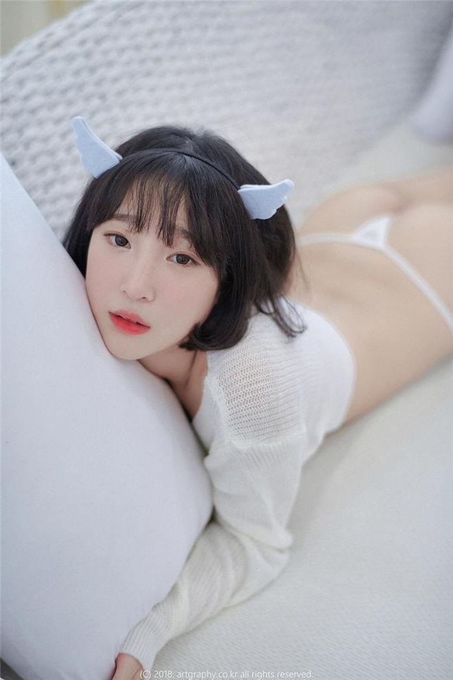 姜仁卿-白猫少女+奶牛尤物写真[/22MB]