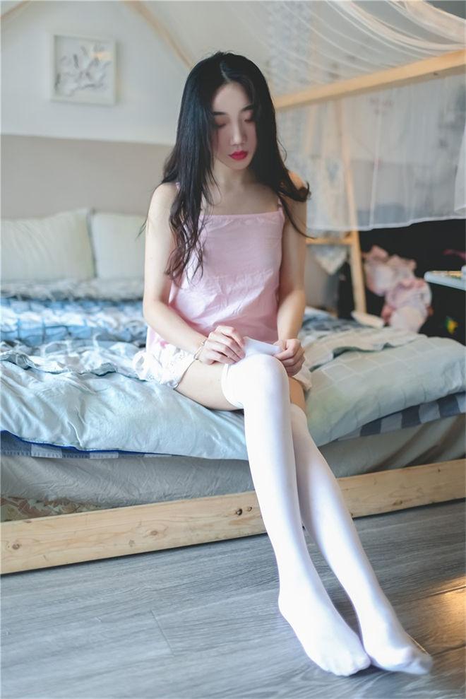 风之领域-No.116女神的白丝长腿[/127MB]