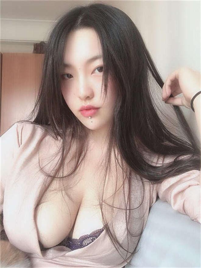 推特女神cream最新视图合集[62P /56MB]