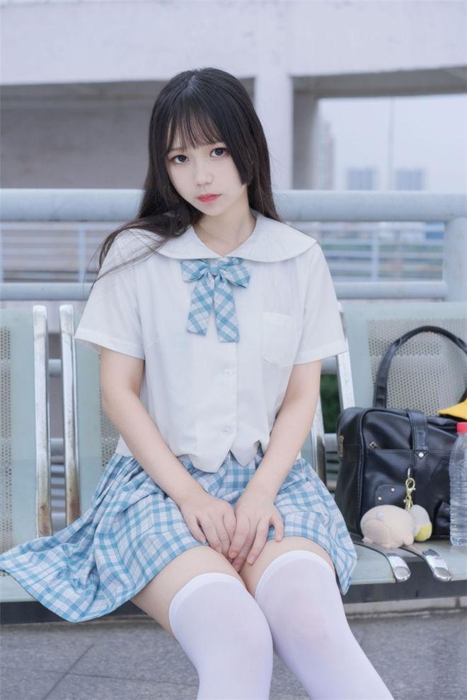 喵糖映画-VOL.015清新白丝格子裙[/317MB]