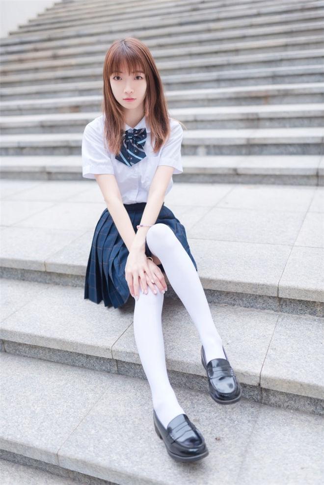 风之领域-No.036记忆中的白丝少女[/241MB]