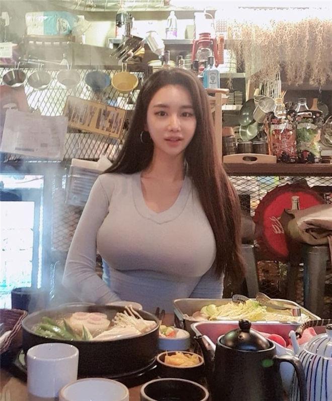 妹子图:大奶美女食客candyseul,火辣身材使人疯狂!