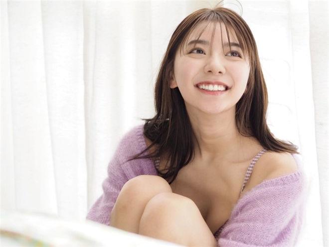 妹子图:极品樱花妹川津明日香,甜萌灿笑青春洋溢!
