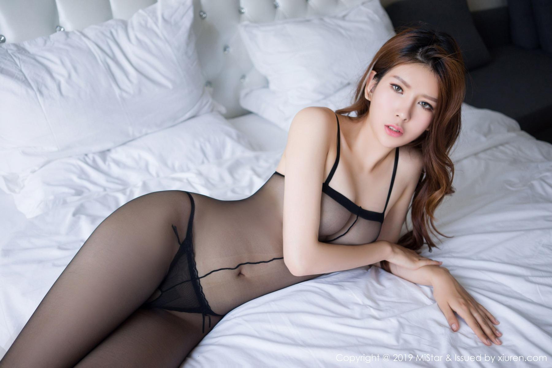 [MiStar魅妍社]2019.05.05 VOL.286 精致的五官与傲人巨乳 兔女郎 赵梦洁[/99MB]