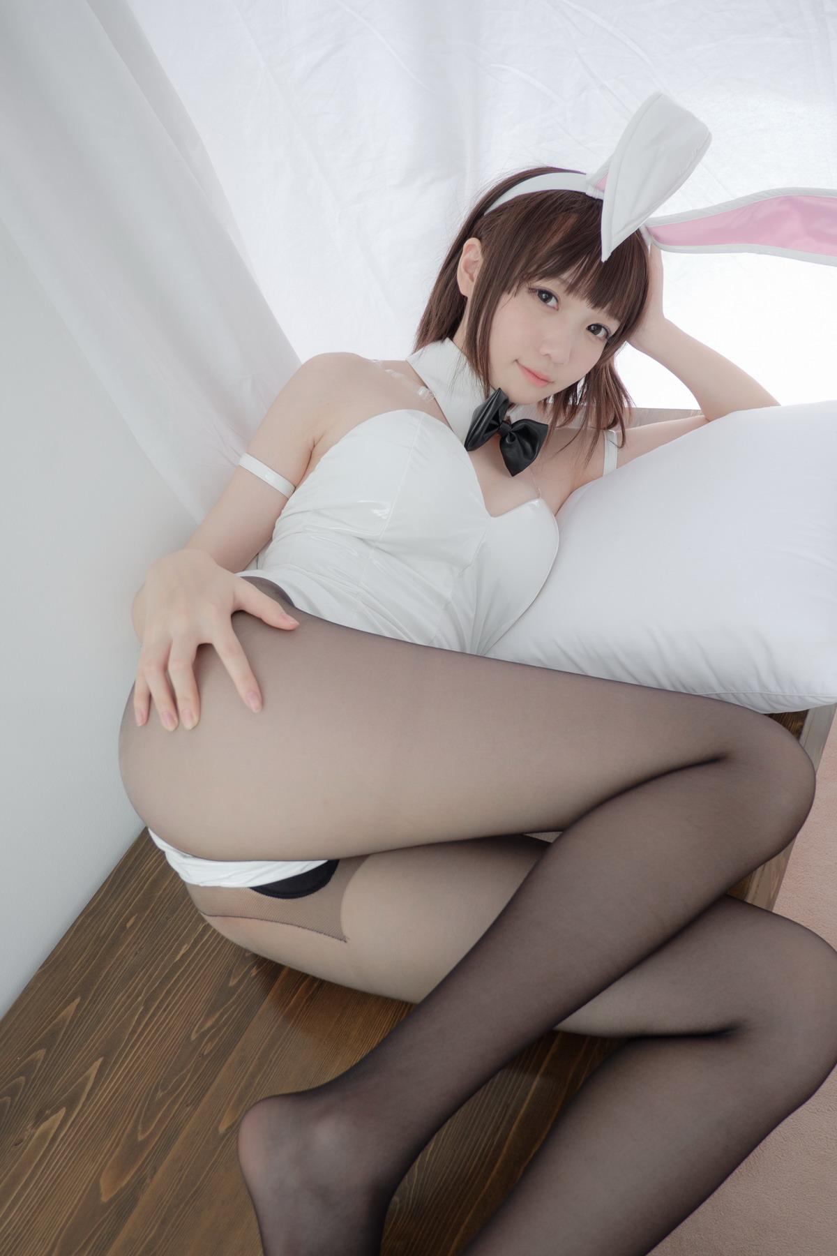 森萝财团-LOVEPLUS-001精品写真[/2.93GB]