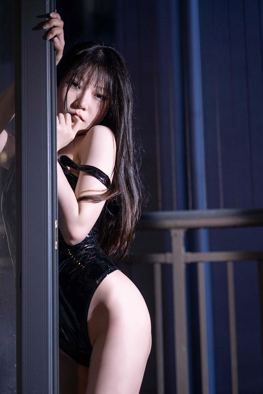 香草喵露露 – 阳台[/89.8MB]