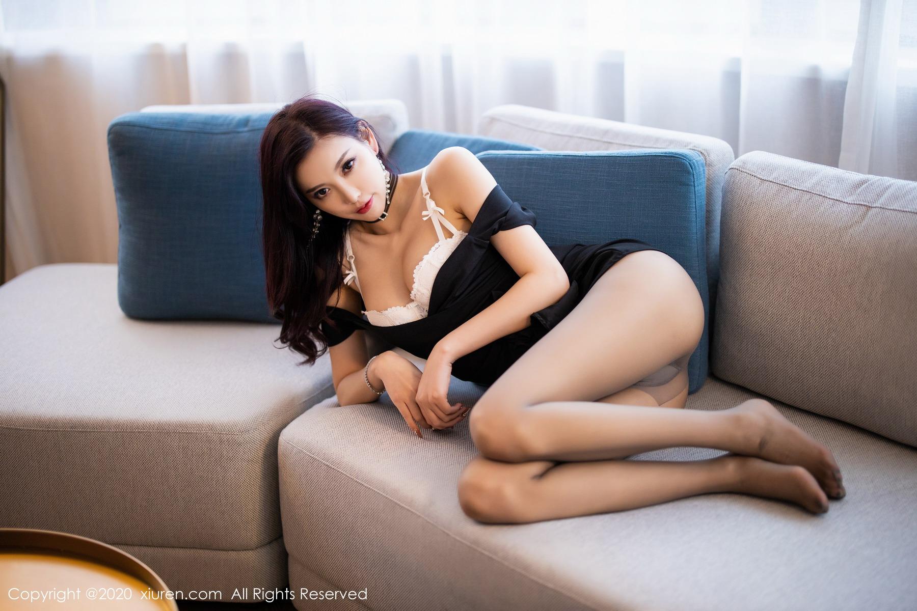 [XiuRen秀人网]2020.05.13 No.2241 杨晨晨sugar 黑丝 美腿[/410MB]
