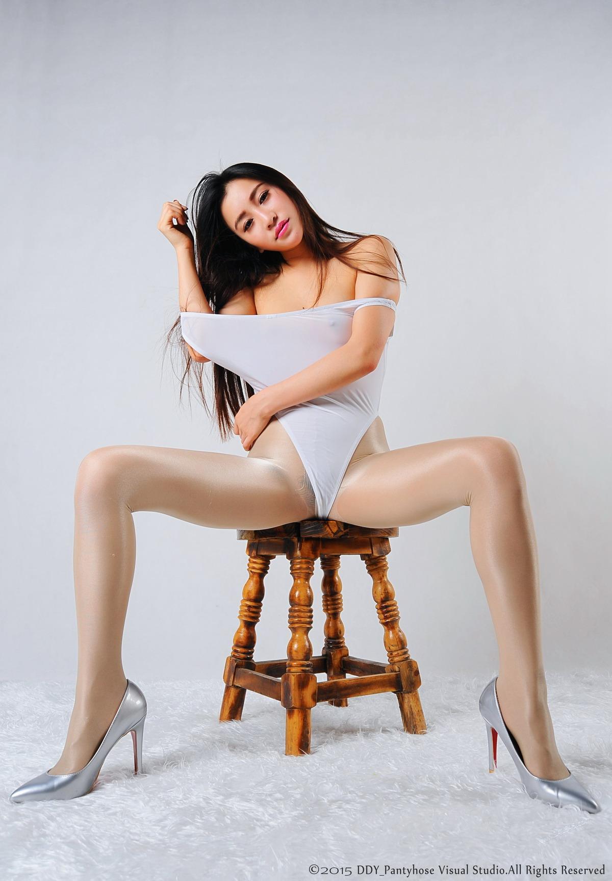 [DDY_PantyhoseArt]原创丝袜美腿 NO.002-Preview[/225MB]