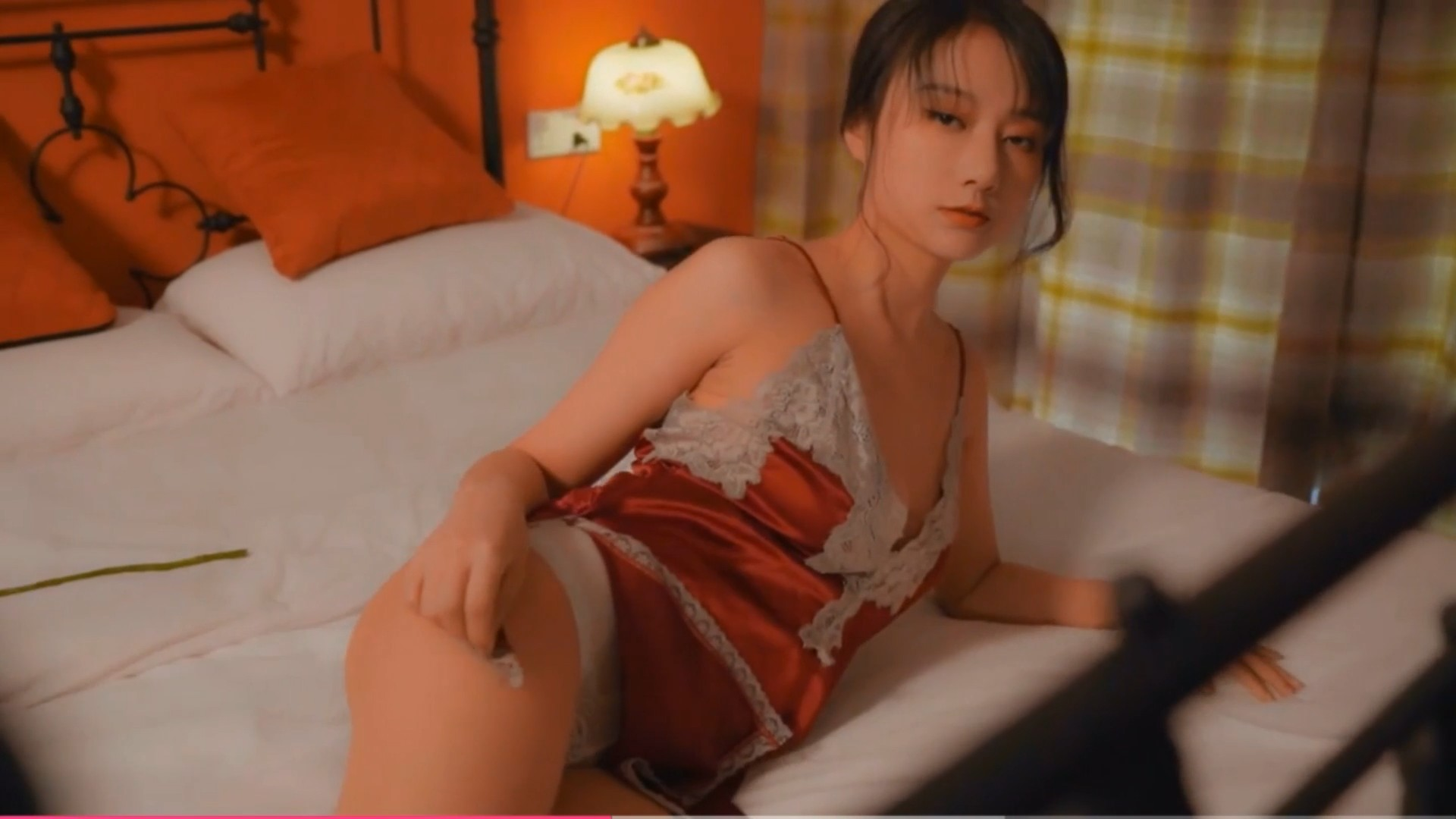 [YouMi尤蜜] 视频 何嘉颖 玟瑰花恋人[1V/154MB]