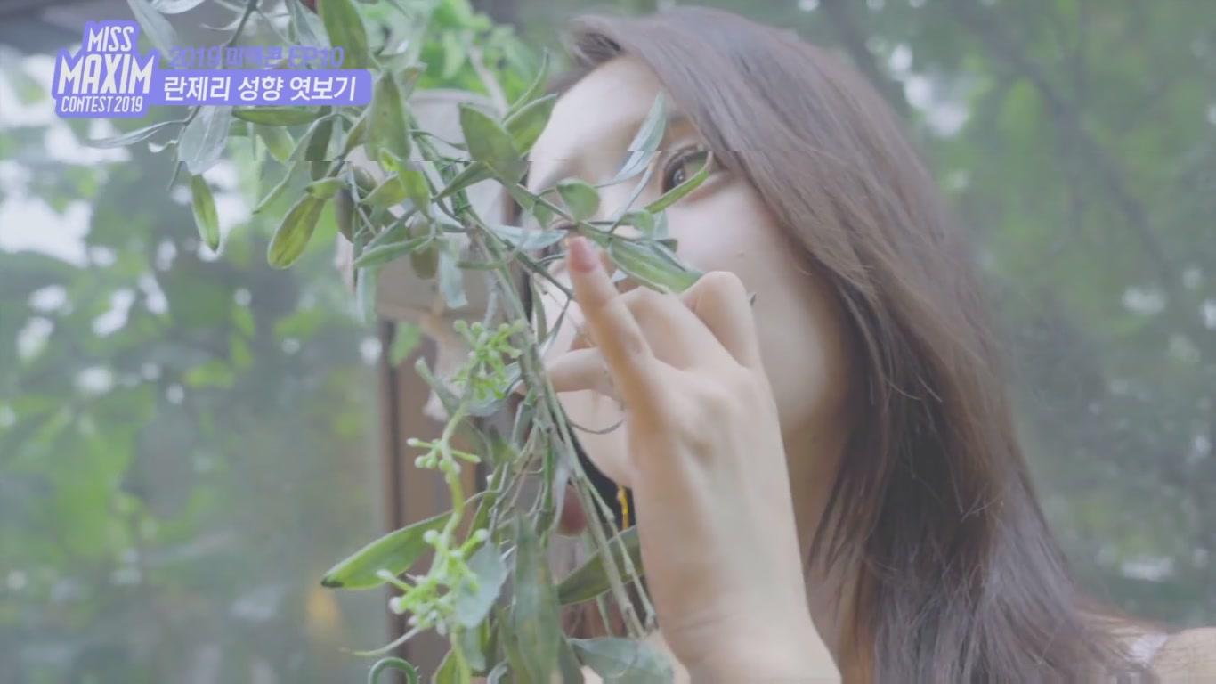 韩国MAXIM美女写真花絮-1[1080P]