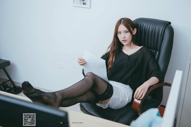 [SSA丝社]超清写真 NO.001 办公室职业装《绫》长筒黑丝[/688MB]插图1