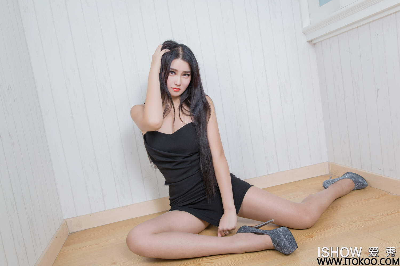 [ISHOW爱秀]2019-06-29 NO.198 茉茉Mo[/153MB]