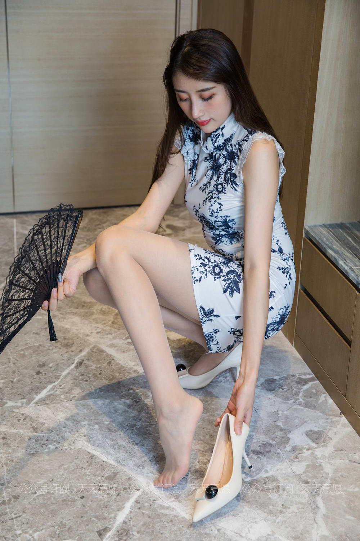 IESS异思趣向 – 模特:夏夏《长腿旗袍》[/108MB]
