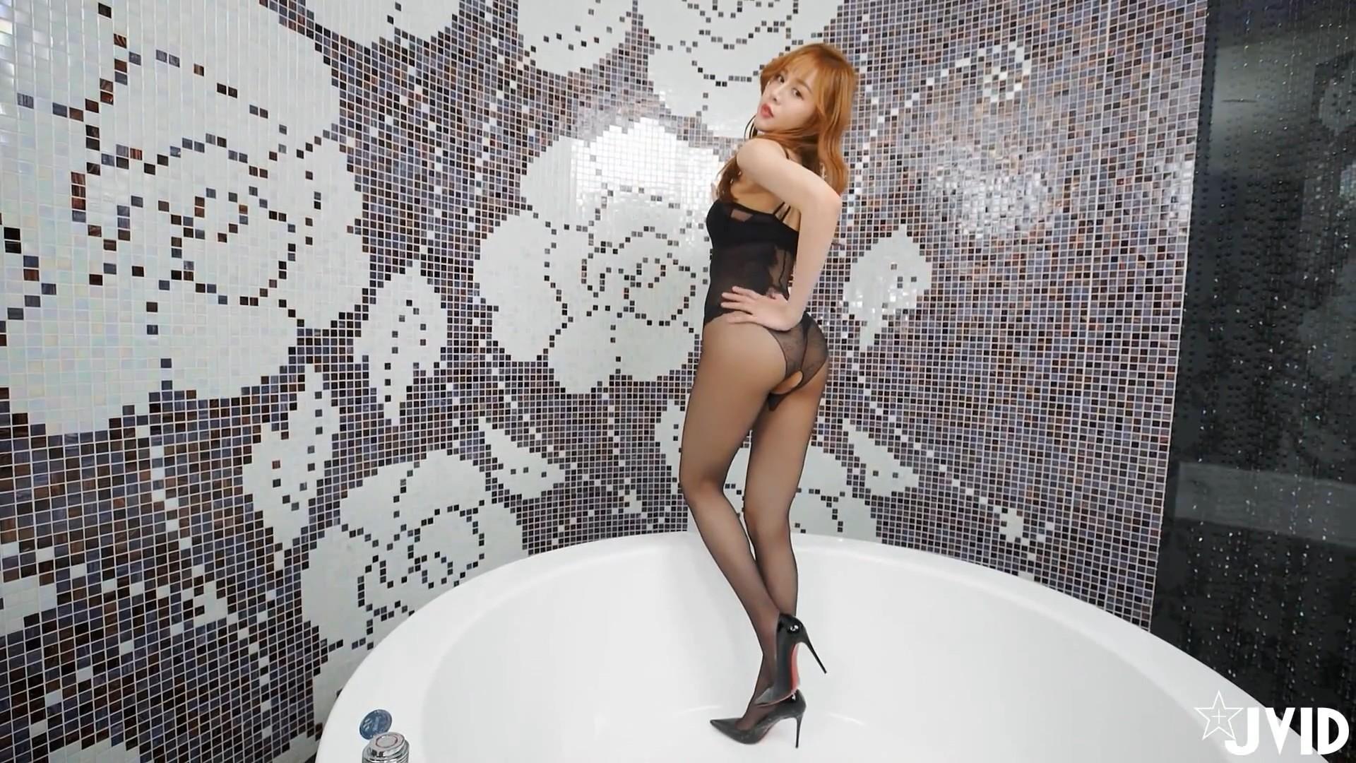 [JVID视频] 長腿娃娃Lena 莉娜身材太惹火[1V/316M]