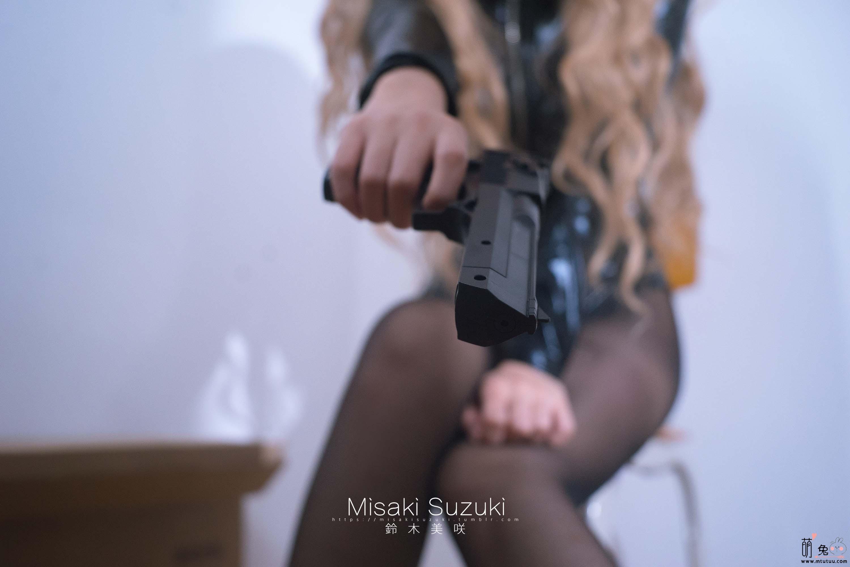 铃木美咲(Misaki Suzuki)软软趴在床单上-秘密女搜查官(29P 177M)