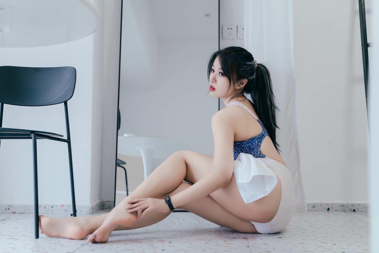 轩萧学姐 – 竞泳 [/456MB]